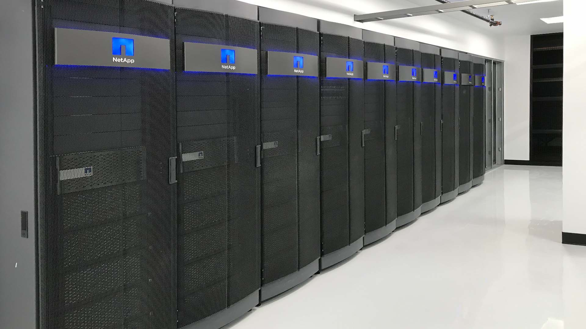 Customized Michigan Data Center and Colocation service options such as suites for high density computing.
